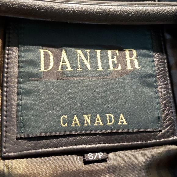 SALE 🎯 Danier Men's Jacket.